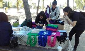 día del recuerdo-bolsas y camisetas